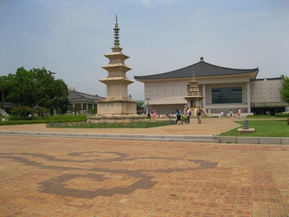 Wandering around the Gyeongju National Museum 2